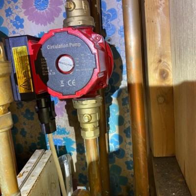 Replacing central heating pump valves in North London